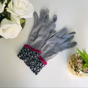 Michael Kors Women's Acrylic Gloves